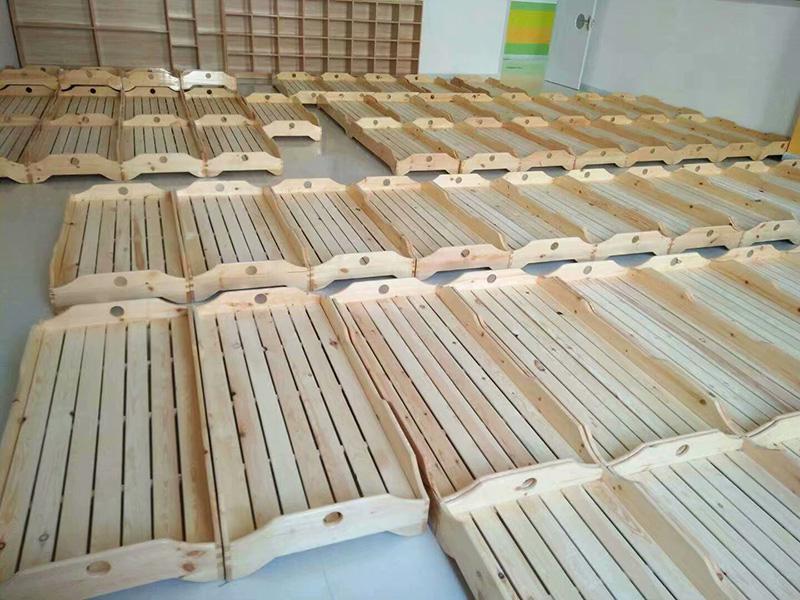 专业从事幼儿园使用的幼儿床,我们的幼儿床支持零售、批发。