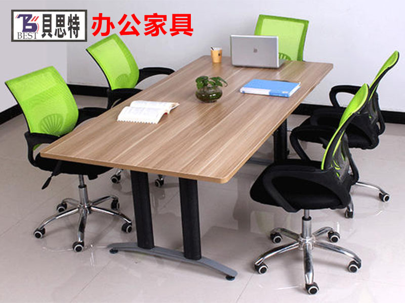 兰州贝思特生产的实木办公家具符合当下客户需求,简单大方,给人自然放松的感觉.更多定做要求,价格咨询欢迎到厂详谈.