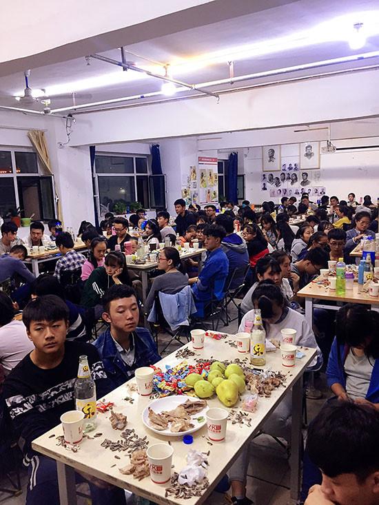 甘肃美术培训学校中秋节