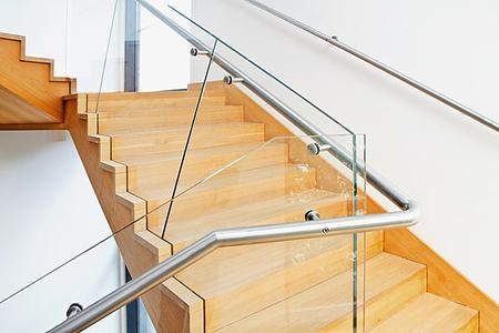 楼梯玻璃栏杆