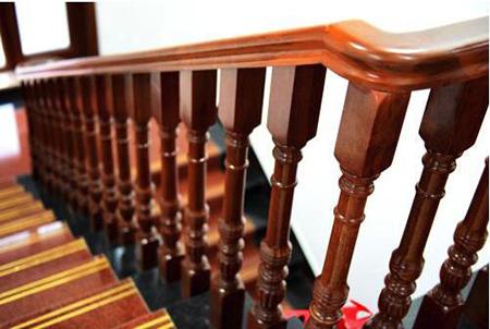 木楼梯扶手