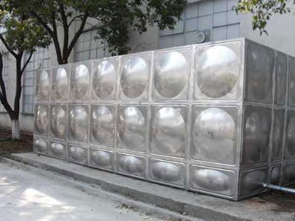 304保温不锈钢水箱