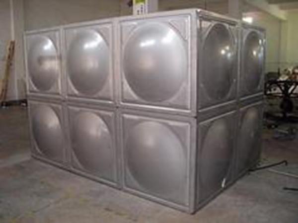 家用方形不锈钢水箱