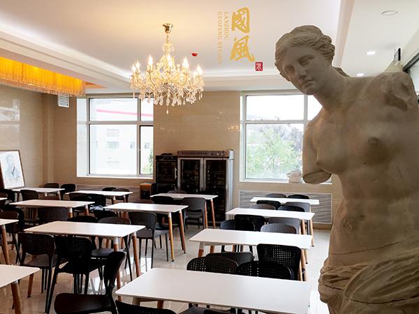 高考美术培训教室
