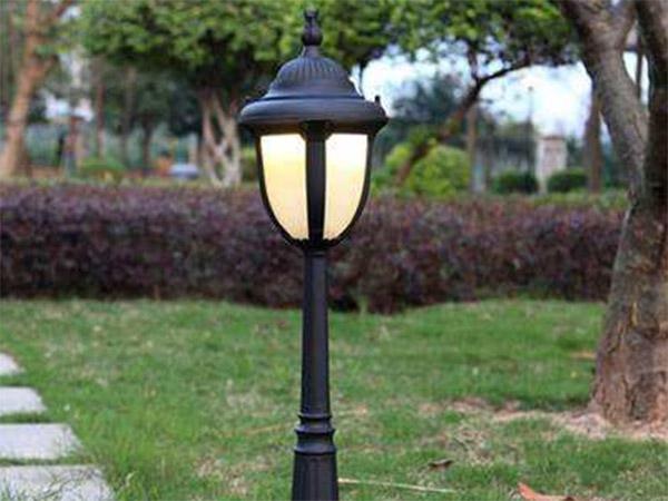 厂区草坪灯怎么布置,浅谈厂区草坪灯布置原则