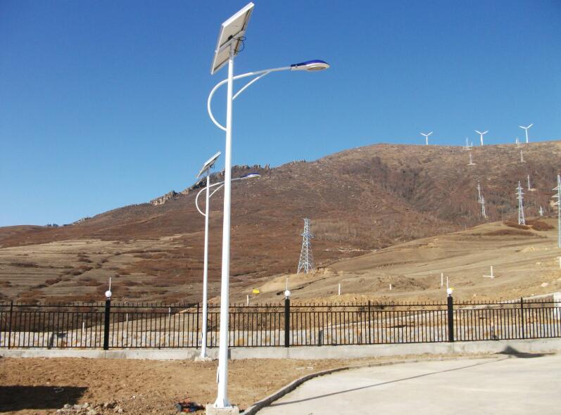 太阳能路灯安装雷区
