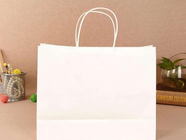 白色手提纸袋