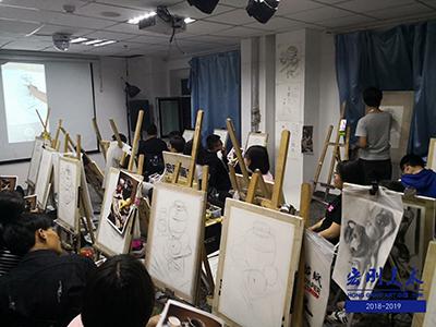 教你如何挑选艺术高考培训课程