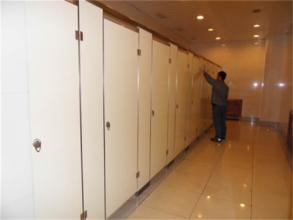 防水卫生间隔断应具备的性能