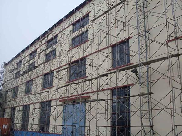 盘扣式脚手架公司分享其在建筑行业的施工特点
