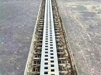 公路桥梁伸缩缝