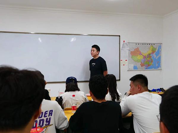 15-18人艺考文化课培优班