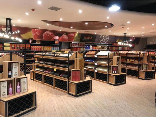 甘肅展示柜廠家告訴你煙酒展示柜如何擺放?