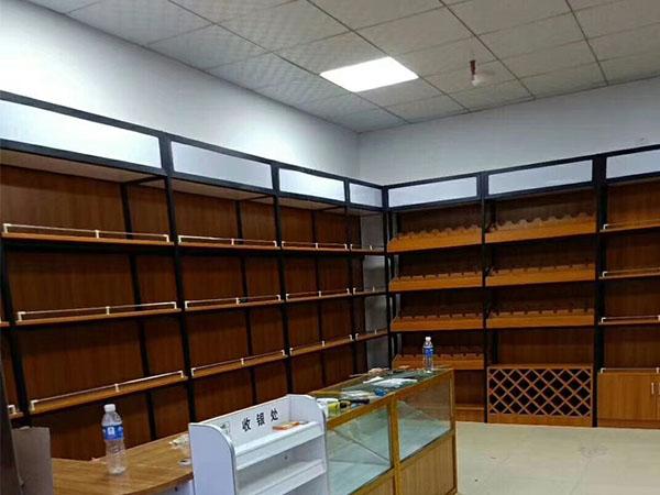 蘭州展柜批發廠家講述煙酒展柜陳列遵循五個原則