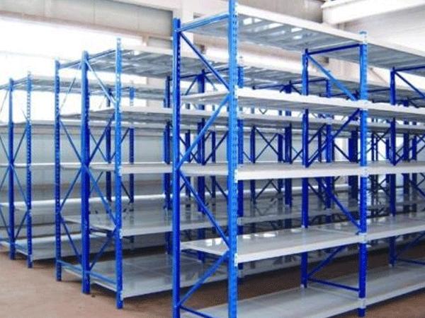 影响兰州仓储货架使用寿命的因素有多少?