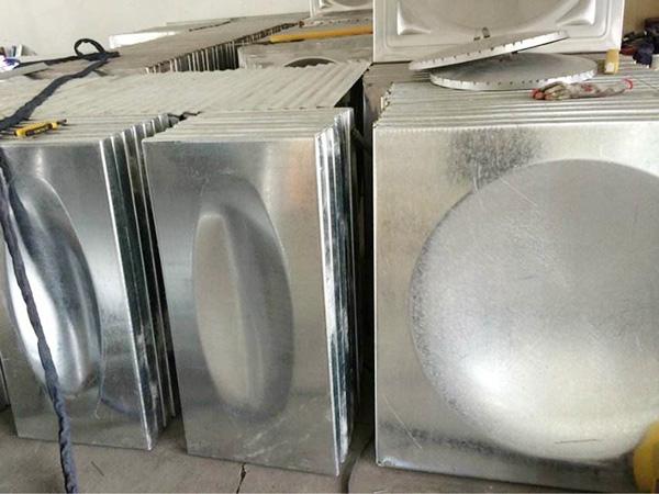 不锈钢保温水箱和不锈钢水箱有什么区别