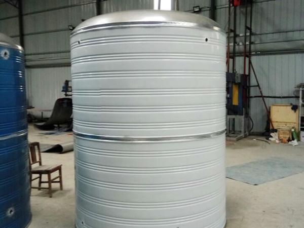 不锈钢圆柱消防水箱
