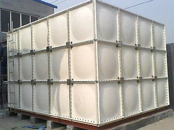 定西市新城佳苑组装式玻璃钢消防水箱