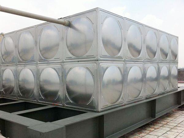 组合式不锈钢水箱的特点