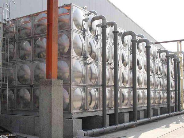 不锈钢方形水箱的特点