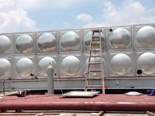 不锈钢水箱个配件作用介绍