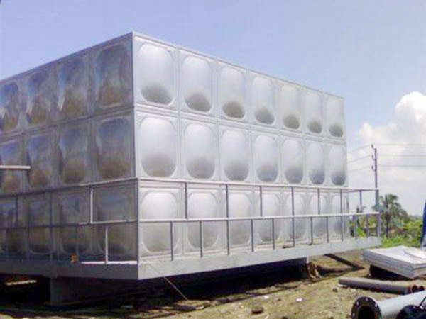 天水不锈钢保温水箱