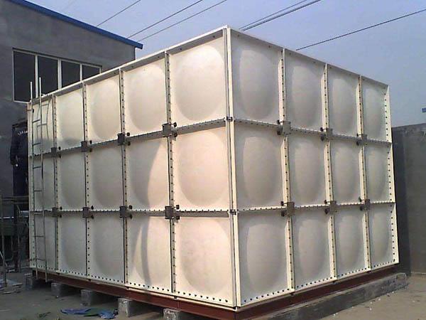 玻璃钢消防水箱质量辨别方法