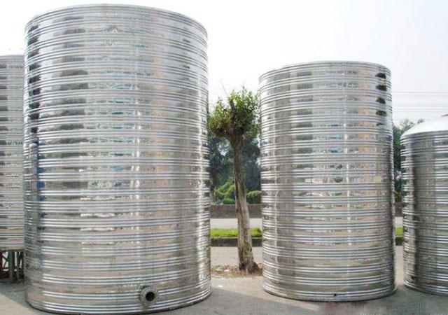 保温水箱的内部构造