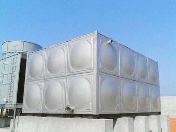 屋顶消防水箱安装方法
