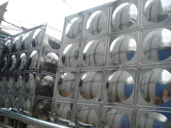 不锈钢水箱价钱差异化原因