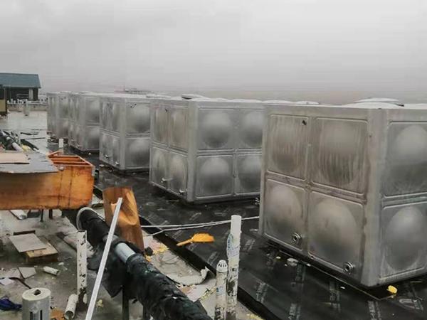 青海德令哈五台聚氨酯保温热水水箱
