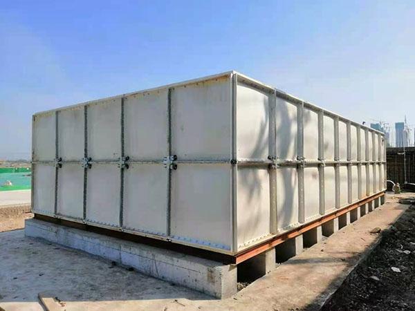 兰州新区某工地100立方玻璃钢水箱