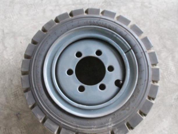 甘肅合理叉車輪胎廠家發現叉車輪胎怎么換