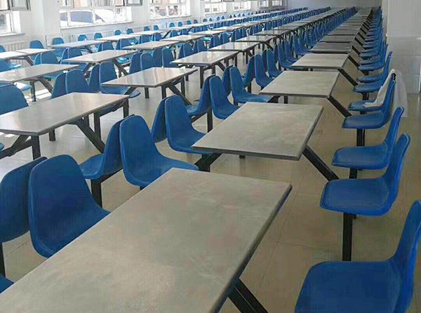 學校餐桌椅