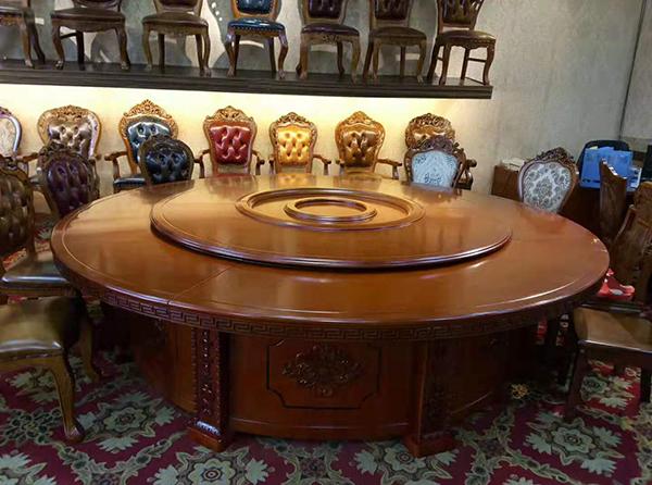 酒店饭店桌椅购买怎么找家具厂,选购时要考虑哪些事情?