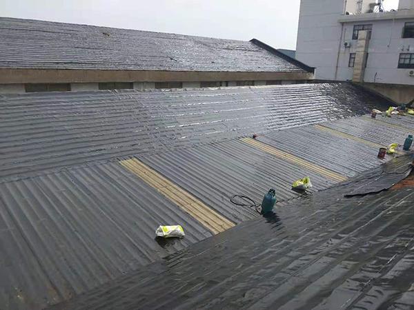 斜面屋面防水工程