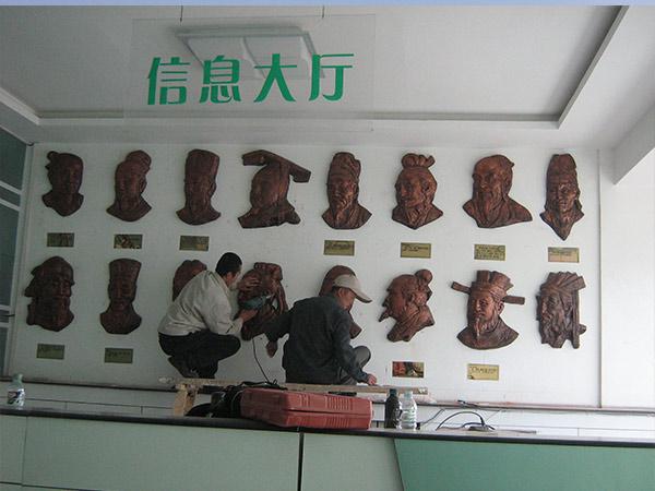 甘肃医院人物雕塑定制
