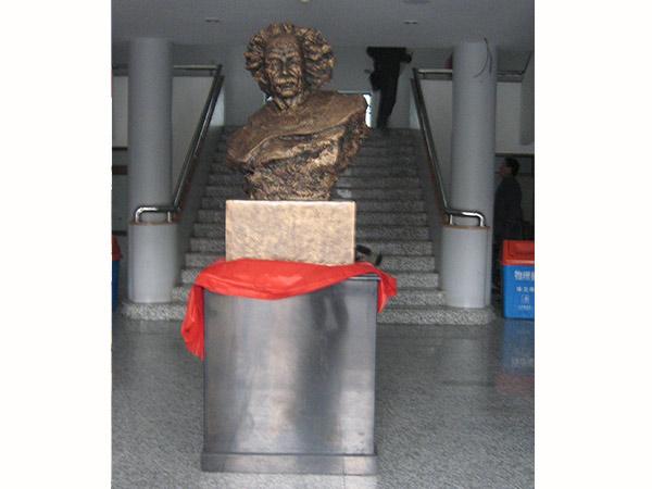 校园雕塑设计知识有哪些