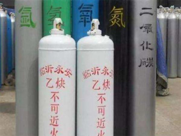 钢瓶检验厂家告诉您工业气体钢瓶使用注意事项