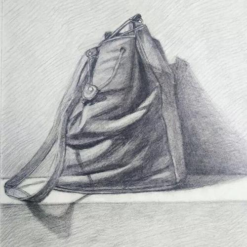素描-背包