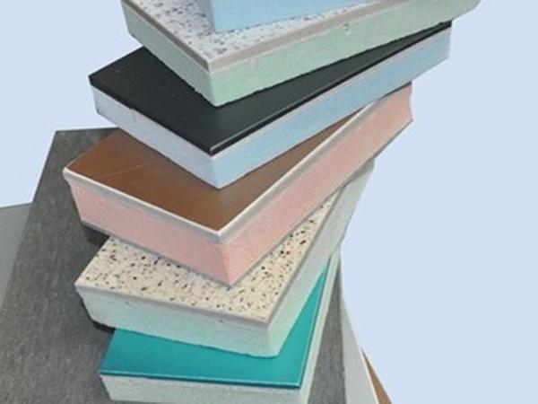 除了质量外,外墙保温一体板使用时应注意什么?