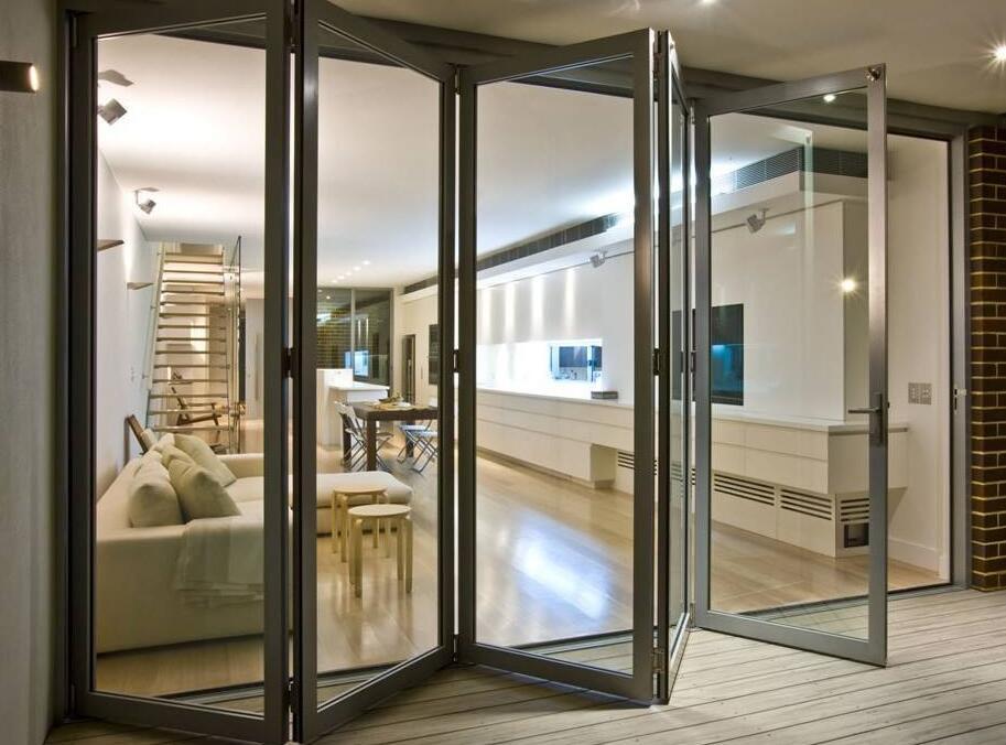 兰州铝合金阳光房告诉您全铝折叠门有什么优点