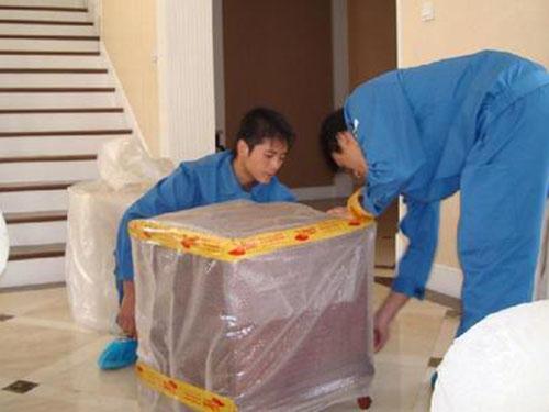 柳州鱼峰区搬家公司给客户提供全程服务