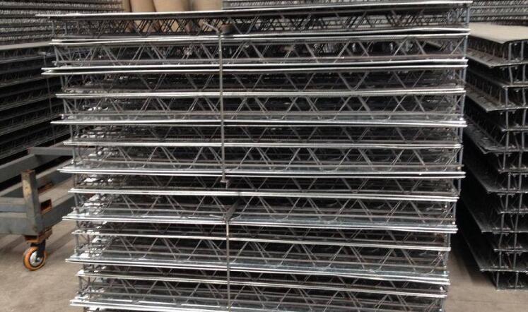 自承式楼承板有哪些特点?兰州闭口型楼承板厂家为您解答