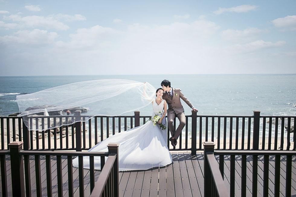 兰州个性婚纱摄影工作室拍摄兰州个性时尚婚纱摄影,兰州个性婚纱摄影哪里好,选择兰州曦光映摄影为您服务。