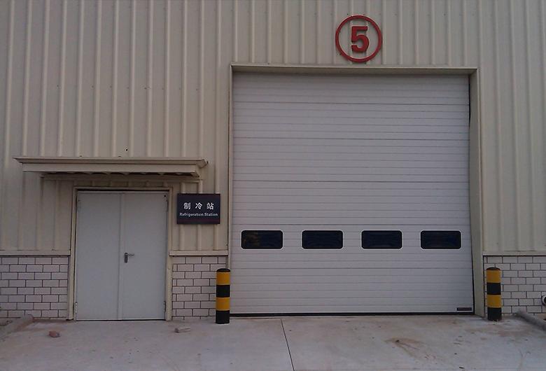 车库提升门
