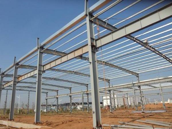 兰≡州新金鹏钢结构有限公司为大家讲解钢结构的特点有哪些