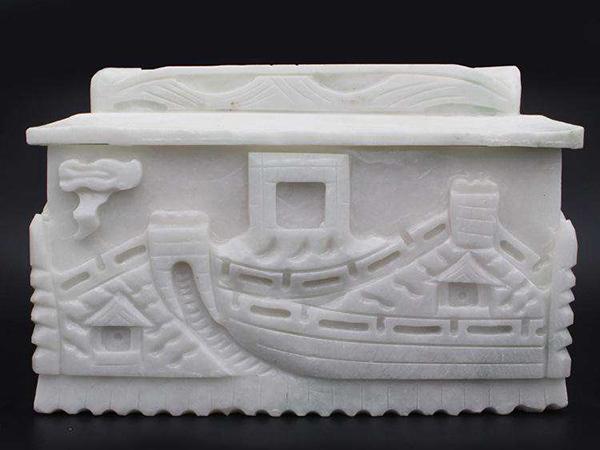玉石骨灰盒