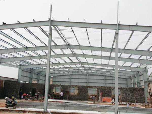 钢结构厂房由哪些构件组成