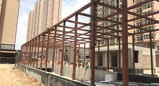 新区小区车库出口钢结构施工工程
